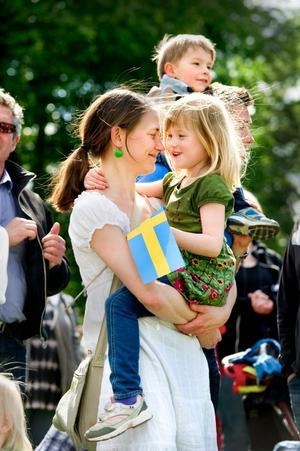 Många sökte sig till Stadsparken under dagens nationaldagsfirande.
