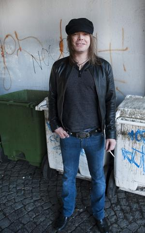 Nicke Andersson.