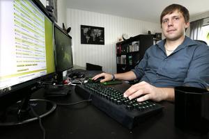 Mattias Drotz lägger 1-2 timmar om dagen på att söka jobb.