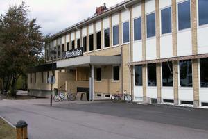 Alftaskolan är en av kommunens centralskolor. Men vi har inga jättestora skolor i kommunen. Det kan också bidra till det goda resultatet, konstaterar Åke Ahl (M).
