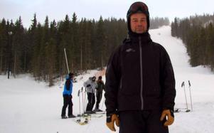 Kevin Kirk, vd för Funäsdalsberget, åkte skidor på julaftonen.