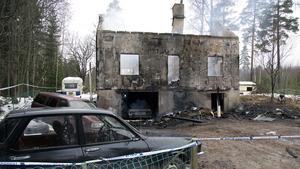 Villan i Broarna blev totalförstörd i branden.