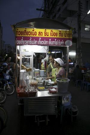 Gatukök i Hua Hin. Gott och billigt.