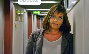 Kommunchef Sara Jonsson har svarat på revisorernas kritik och politikerna ska nu utbildas i frågor kring mutor och jäv.
