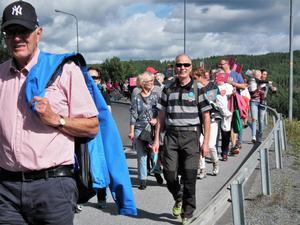 Marschengick via Trängschaktet.