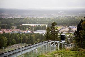 Den nya cykelleden på Lugnet kommer att starta vid bergbanans toppstation och sluta nere vid banans dalstation.
