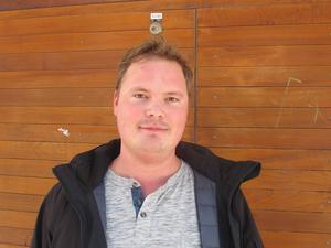 Mattias Ek, 26, byggarbetare, centrum:– Min gitarr. Den är det dyraste jag äger. Det är en Gibson Les Paul som jag har haft i tio år.