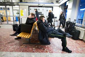 Tre övervakningskameror ska sättas upp i väntsalen på Örebro central.