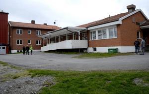 På Berghem i Hoverberg bor 18 ensamkommande asylsökande. Under veckan har några uttryckt sitt missnöje med maten på boendet och vägrat äta.