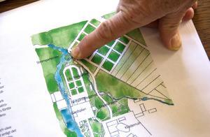Parkerna och trädgårdarna var en gång jättestora i Kloster visar den gamla kartan. Bara en mindre del ska nu lyftas fram.