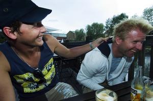 """Adepten och tränaren. Johan Landsberg är återigen Joachim """"Pim-Pim"""" Johanssons coach och tränare, även om Falu TK:s Mattias Pennonen och Toni Gustavsson fortfarande finns med i staben kring honom. """"Vi trivs väldigt bra ihop"""", säger världsstjärnan, som den här sommaren spenderat all sin tid till hård träning för att komma tillbaka till världstoppen. Foto:Mikael Forslund"""