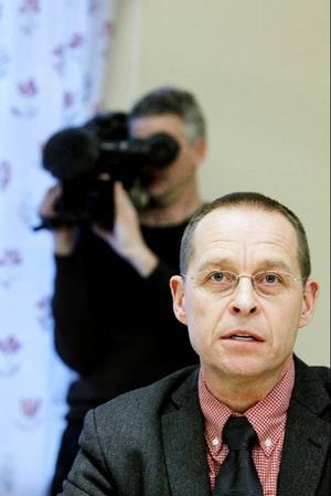 Det går inte att bli immun mot parasiten, men den drabbar inte lika hårt de personer som redan haft den och tillfrisknat, berättar smittskyddsläkare Micael Widerström.