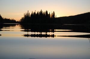 Denna utsikt mötte oss första kvällen på vår fiskeresa.