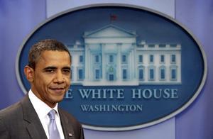 Lättad. USA:s Barack Obama lyckades till slut ena Demokraterna och Republikanerna. Efter flera veckors hårda förhandlingar kan han tillåta sig själv att slappna av för ett ögonblick.