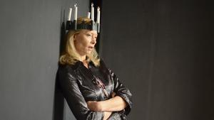 Vardagsbestyr, komplex och åldersnoja avhandlas på scenen när skådespelaren Mikaela Hagelberg kommer till Fagersta.