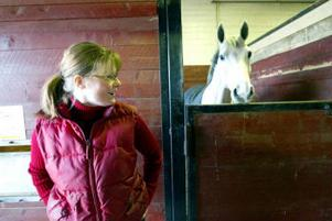 Maria Bäckström skrällde rejält när hon igår vann SM-guld hästhoppning.