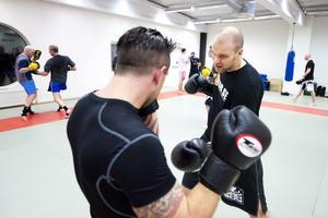 Jesper Holmberg, ordförande i Borlänge kampsportförening, berättar att allt fler vill träna i föreningen.