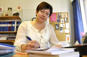 Ewa-Leena Johansson (S) tror en fritidsbank i Kopparberg skulle vara en bra socioekonomisk investering.