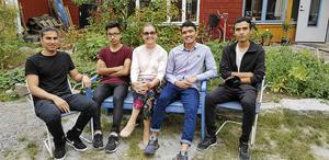 Bodil Valero med Shoiab Nasari, Ruhollah Amini, Qasim Ahmadi och Javid Hasani.