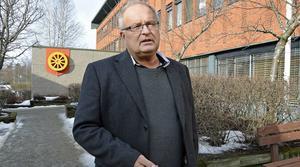 Sten-Ove Danielsson ger sin bild av Lage Nyhléns betydelse för politiken i Ånge.