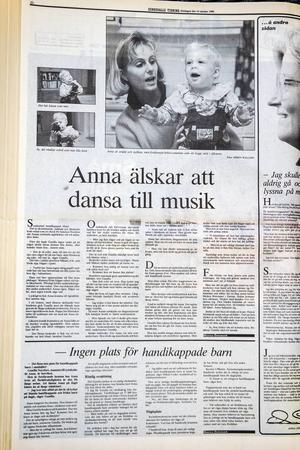 25 år har gått sedan Anna och Gunilla medverkade i Sundsvalls Tidning. Familjen har gått igenom mycket tillsammans och Gunilla vill förmedla känslan av att livet kan bli fint och ljust, även för den som föds med ett eller flera handikapp.