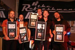 20 år som band. The Refreshments firar jubileum i år – och har dessutom fått sin andra platinaskiva.