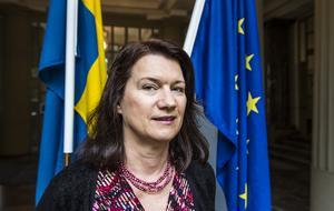 Sveriges nya EU-minister Ann Linde (S)  - bättre sent än aldrig på plats.