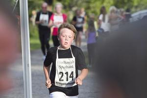 Benjamin Terent från Sörviksta sprang fyra kilometer.