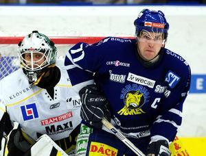 Lagkapten Martin Romö gick som vanligt i bräschen för Sundsvall Hockey med sitt uppoffrande spel och slit.