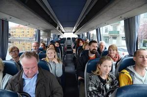 Nyinflyttade Falubor fick under onsdagen åka på en guidad busstur genom staden. De fick se några av sevärdheterna samt lite praktisk information som var återvinningscentralen finns.