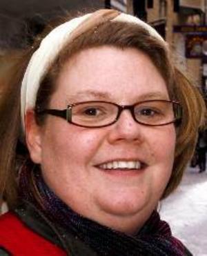 Jessica Eriksson, 38 år,Bringåsen:– Ja, det tycker jag att jag gör. Vi har energilampor bland annat, vi har timer och vi släcker där vi inte är.