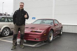 Daniel Persson känner stor tacksamhet till de som tipsade och är glad över att ha fått tillbaka bilen.