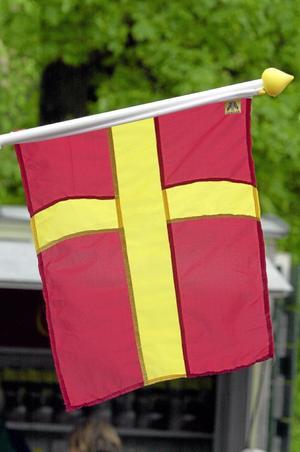 Ny flagga i EU? Kan separatismen i flera EU-länder spridas till Skåne? Inte seriöst i dag, men möjligen i framtiden om fördelarna med att ingå i dagens medlemsländer minskar. Bilden visar skånska flaggan.foto: scanpix