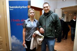 ARGUMENT. Annelie Forsberg menade att vi i Sverige ska vara rädd om rösträtten. Sambon Robert Ahlberg vill också värna om att kyrkan sköter sina skogar på rätt sätt.