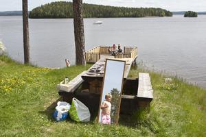 Det ljuva sommarlivet vid Främby udde, en lördag i maj, då temperaturen var cirka 25 grader.