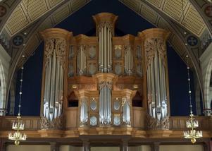 En stor orgel är ett värdigt orkesterinstrument. Här orgeln i Örgryte nya kyrka i Göteborg.