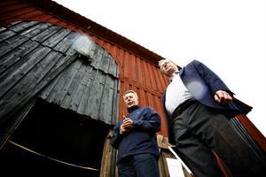 Gunnar Sköndahl, vd för Falu gruva, och styrelseledamot Mikael Rosén, fanns på plats under måndagen för att klippa bandet till laven.