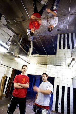 """RUSTAR. """"Nu får vi tre gånger så stort"""", säger Anders Levander och Jonas Jäderberg, kockarna som ser stora möjligheter i lokalerna som Svarte Jägaren lämnade efter sig i centrala Gävle."""