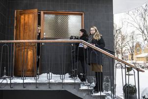 Först ut att är Ewalena Persson som visar upp sin villa i centrala Sundsvall.
