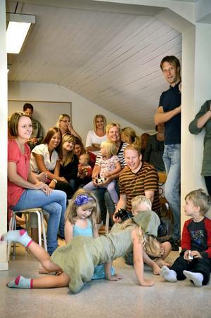 Glada miner. Förväntansfulla barn och föräldrar i förskoleklassen, Äppelgården.