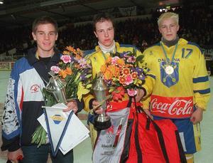 Jonas Fändriks, mitten, spåddes en lysande karriär – men nådde inte ända fram utan slutade bara ett par år efter juniorspel med Leksands IF.