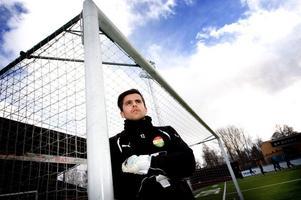 Dalkurds mångårige målvakt, Adil Kizil, lämnar målvaktssysslan och ikläder sig rollen som ny sportchef i klubben.