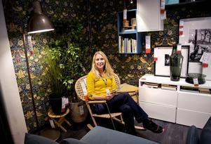 Jennie Stafrin visar nyheter och den nya katalogen för 2017.