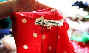 Klänningen är sydd i Västerås.