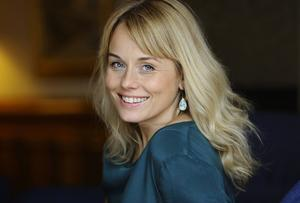 Helena af Sandeberg spelar Magnus (David Hellenius) före detta flickvän Johanna.