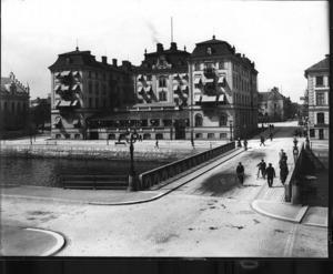 Gamla Grand byggdes till den stora Gävleutställningen 1901 och blev snabbt ett hus som Gävleborna var stolta över.Foto: Carl Larsson (Ur Länsmuseets samlingar).