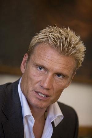 Skådespelaren Dolph Lundgren kommer första helgen i juni till Kramfors för att dela ut sitt nya stipendium.