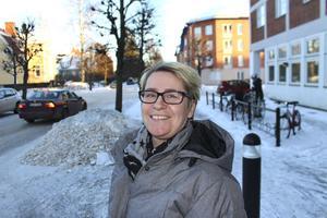 Johanna Ingre, samhällsplanerare vid Trafikverket, tror inte att det blir aktuellt att dra om riksvägen enligt de önskemål som boende i Gräsberg och Persbo har.