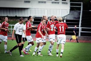 IFK fick jubla hela åtta gånger i lördagens hemmamatch mot Morön.