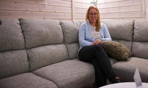 Möbelmästarna Härjedalen. Ett företag med fokus på service. I butiken i Hede finns ett stort utbud och toppenservice med hemkörning av varorna. Smarta lösningar för hus och hem, stuga och slott.